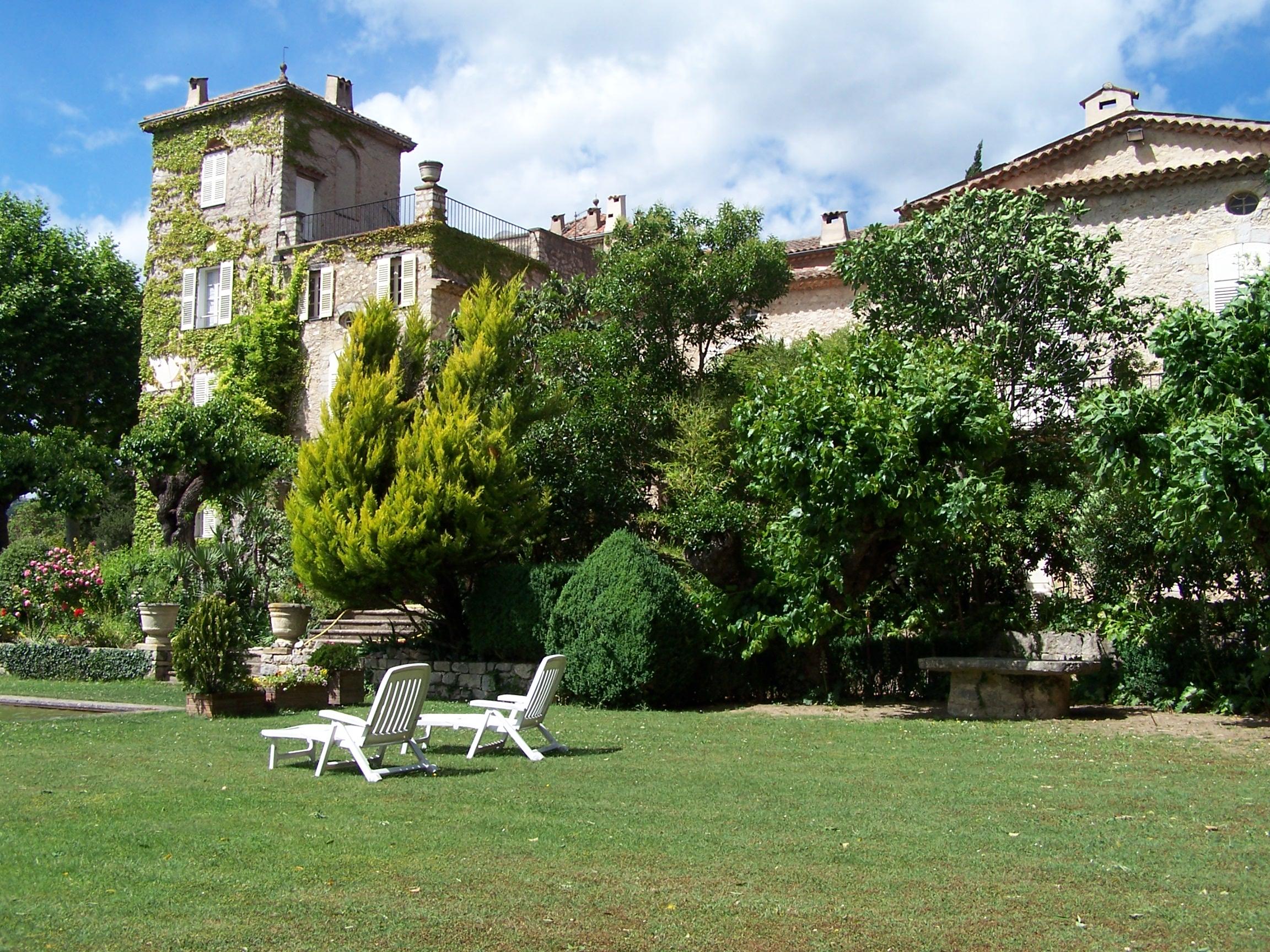 La Colle Noire Dior new life at château de la colle noire, the dior's historic
