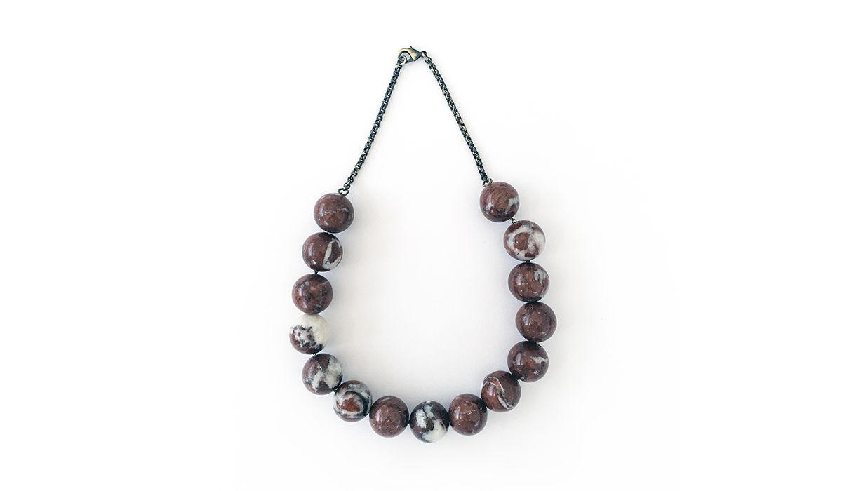 Necklace with marble details by Zona67 Jewelry