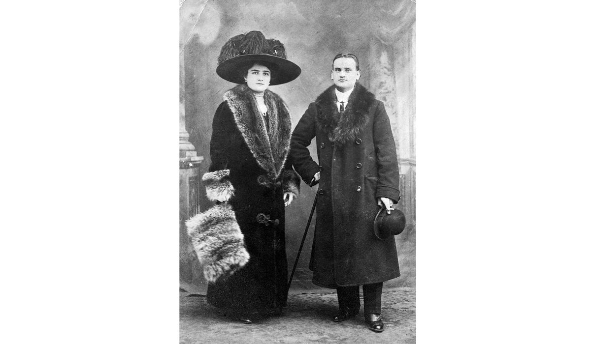 Grandad Michele De Simone and grandma Raffaella Palomba laeaving for New York, 1911 DE SIMONE ARCHIVIO