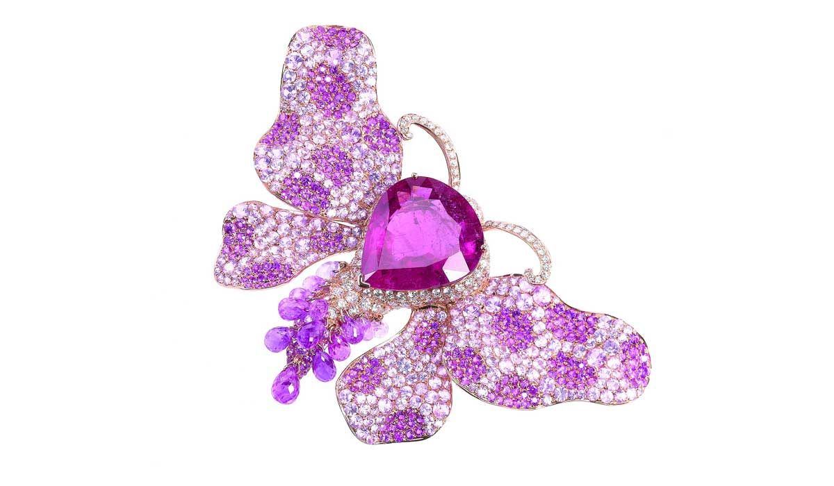 Pink gold butterfly brooch with pink tourmaline and sapphires, Goldiaq.