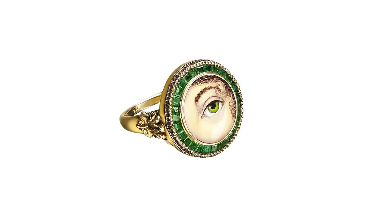 Guardian Eye ring in gold and enamel with emeralds.