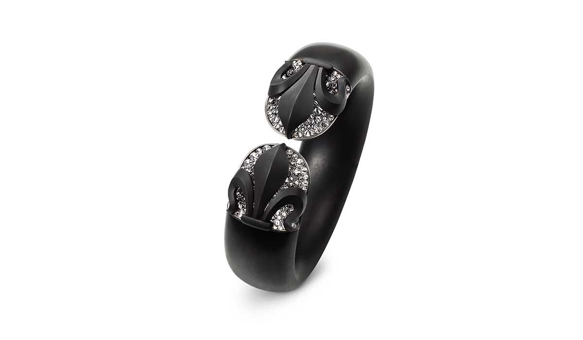 Ebony bracelet in white gold, iron, silver  and diamonds, Hemmerle.