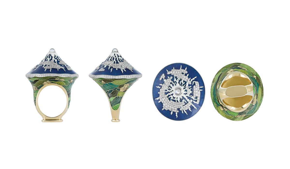 Details of the Kilimanjaro ring, Great Mountains collection, in enamel champlevé