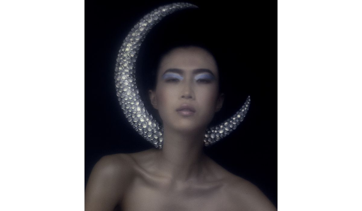 Moon Headdress, created for Alexander McQueen in collaboration with Swarovski Gemstones. In Memory of Elizabeth Howe, AW/07. Shot by Rob Rusling.