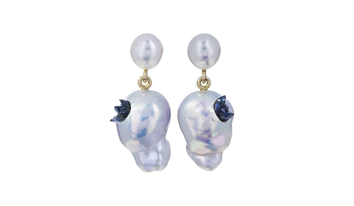 Freshwater keshi pearls and souffle sapphires Point earrings, Little H.