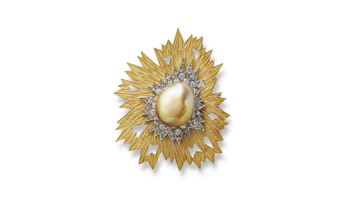 Pearl brooch-pendant, 1969, in sand blasted gold, set with a golden pearl and diamonds
