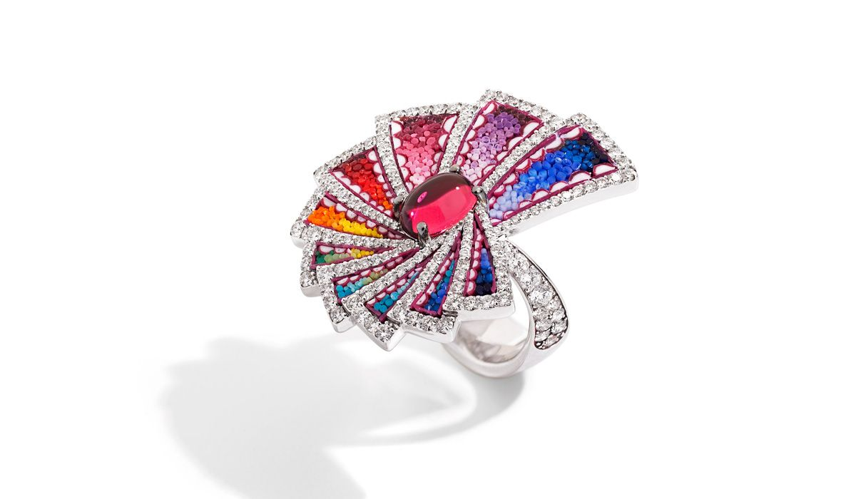 White gold ring with micromosaic, diamonds and rubellite. Aura Eos Collection