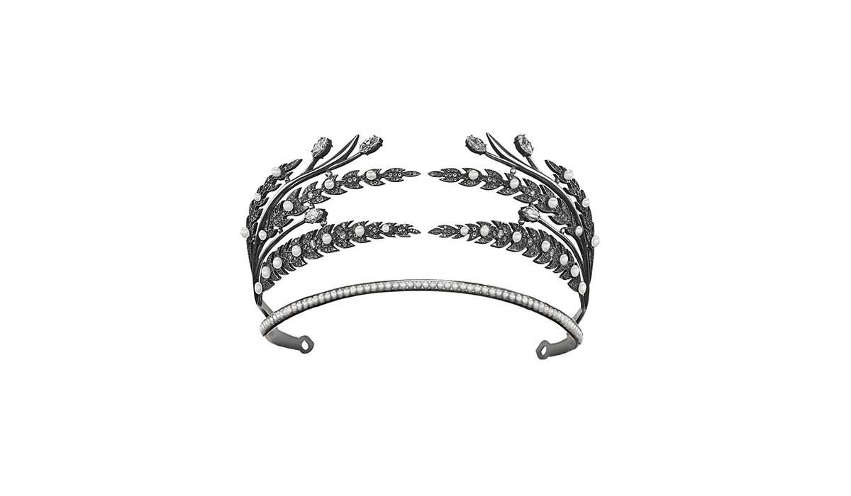 Silver Tiara Ekaterina with colorless topazes and pearls, Romanov collection.