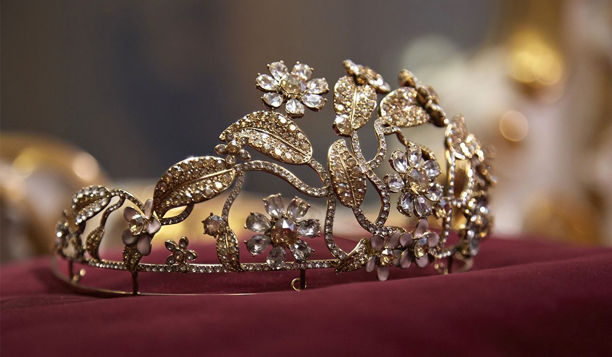 8acd1bcdfc72 The Tiara for The Vienna Opera Ball - VO+ Jewels   Luxury Magazine