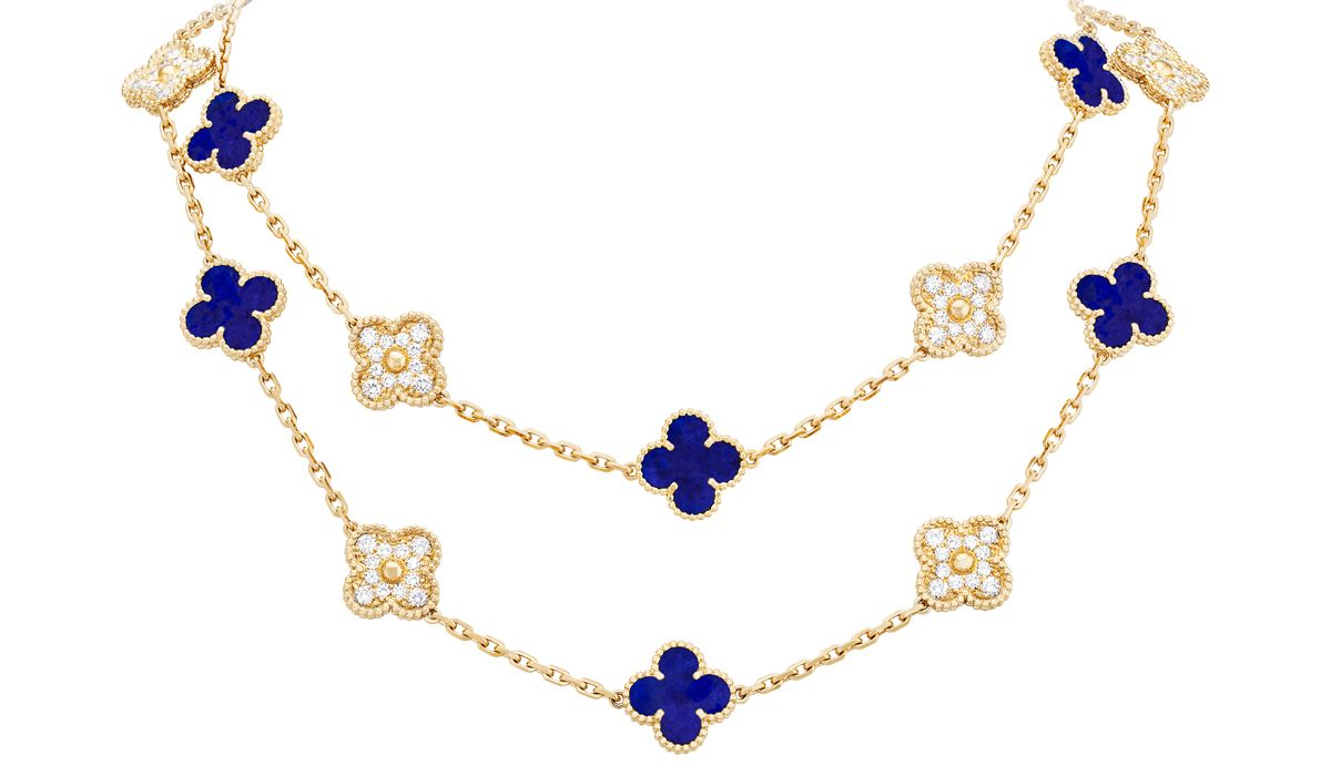 The new exceptional model in yellow gold with lapis lazuli and diamonds
